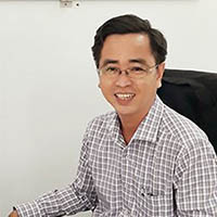 Dr. Le Hoai Long