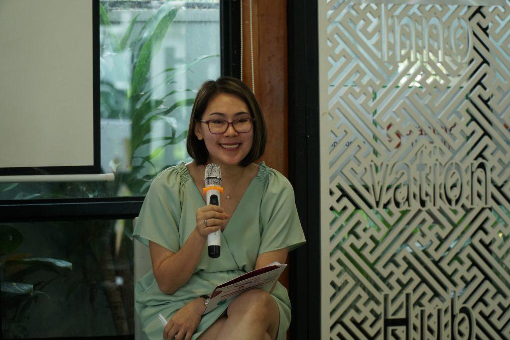 ChPhạm Thị Thúy Vân - Director of People and Organization Partnering of Healthcare Business Unit tại DKSH Vietnam, mang lại chia sẻ vô cùng gần gũi và bổ ích.